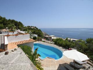5 bedroom Villa in Cala Ratjada, Mallorca : ref 4505, Cala Rajada