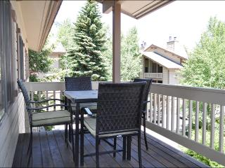 50 Yards to Moose Creek Lift - Pool & Tennis Club Access (3609), Jackson