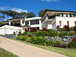 An executive beach house, Korora
