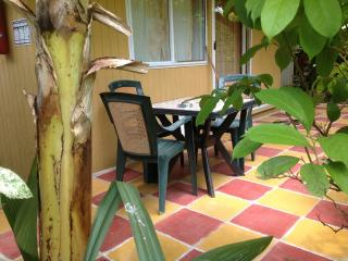 Pension FARE MAHEATA Vai Ora 1 bungalow 4 bed, Cook's  Bay