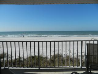 Elegant, Direct Ocean-Front Condo w180 degree view, Indian Shores