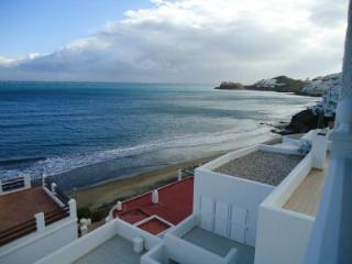 triplex con vista al mar muy cerca de la playa-Mon