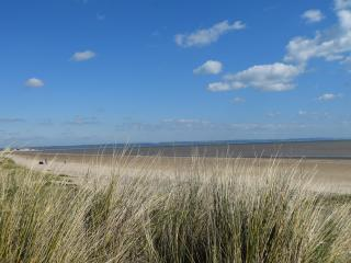 Sea Views, 3 Bed, Wifi, Pets Welcome, Games Room, New Romney