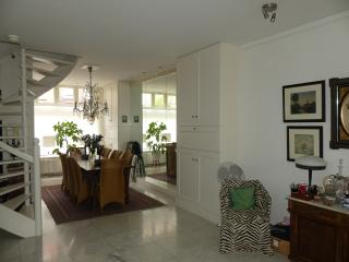 Apartment for couple in lively Pijp neighbourhood, Ámsterdam
