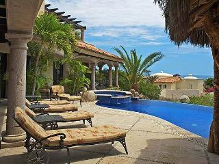 Villa Antigua - 5BR/7BA, sleeps 10, ocean view, Cabo San Lucas