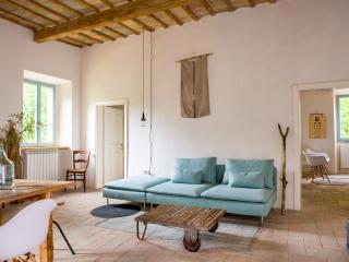 La Fenella vakantiehuis - en appartementen, Arcevia