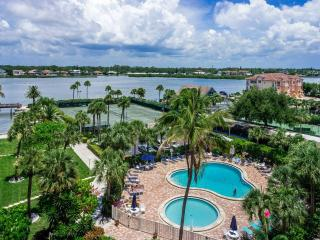 2 Bedroom Siesta Key Beach Condo