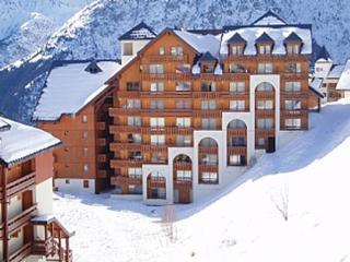 Beau 2 pieces+cabine,superbe vue,skis au pied,parking couvert