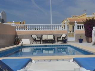 Walk to Golf, Detached Villa, Private Pool, Mazarrón