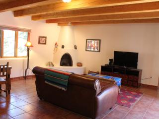 La Casa Del Sueñito - House of the Little Dream, Taos