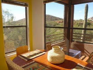 Beautiful Ventana Canyon Condo-Desert Eagle, Tucson