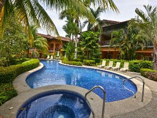 Cozy, affordable Condo, close to amenities at Los Sueños Resort!, Herradura