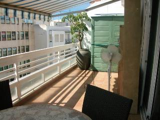 1 min from EVERYTHING! Beach, bars, shopping, Benidorm