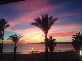 Bello Horizonte frente Playa y Mar. Family best, Salou