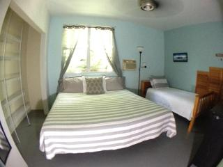 Ocean Avenue Guest House 2 Bedroom Villa, Isabela