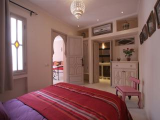 Riad Tahani Standard Double Room with Pool View