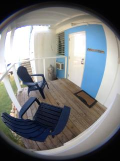 Studio Azul has an outdoor seating area for you to enjoy.