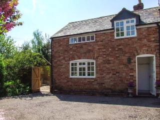 HOMESTEAD, woodburning stove, open plan, pet-friendly, in Halford, Shipston on Stour, Ref 906136