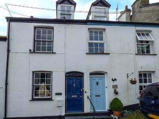COLONA character cottage, WiFi, close to coast, garden, parking, in Looe Ref 929277