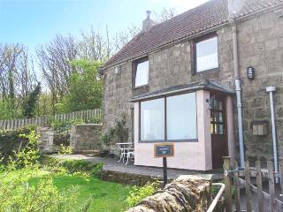 THE LOOKOUT, pet-friendly, close to local amenities and beach, WiFi, Berwick upon Tweed, Ref 931252, Berwick-upon-Tweed