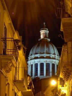 La cupola del Duomo di San Giorgio, a Ibla.