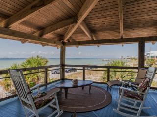 Charming Soundside Cottage - Sound Views, Pensacola Beach