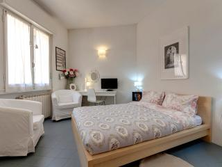 Ponte Vecchio Suite Rental in Florence, Tuscany