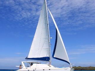 Catamaran Los Roques / Explore Los Roques
