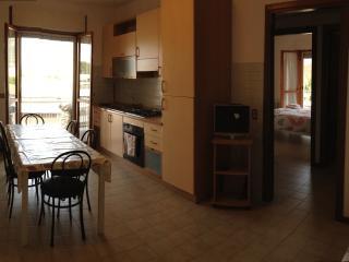 Delizioso appartamento silenzioso............, Terracina