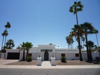 Central Scottsdale Delight
