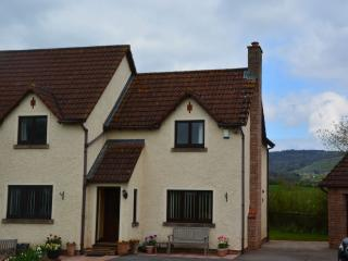 41906 Cottage in Bishops Lydea, Goathurst