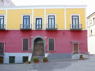 B & B vicino a Pompei Oplonti Vesuvio Napoli e Amalfi, Torre Annunziata