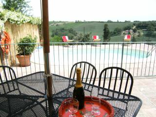3BDR Cozy countryside house: small pool,AC WiFi, Sienne