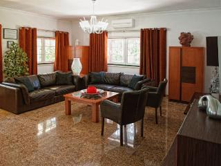 Family Friendly Villa Aroeira Golf Resort perto de, Charneca da Caparica