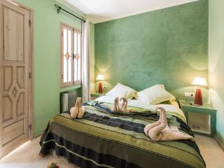 Riad Tahani Superior Double Room with Pool View, Marrakesh