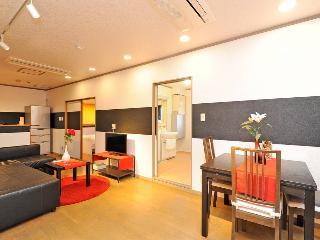 Gen#67 BEST LOCATION! HUGE PLACE!, Osaka