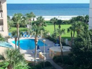 Ocean Front Pet Friendly Condo, St. Simons Island