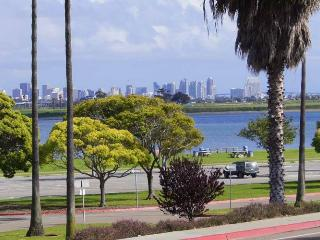 Bay Views in Luxurious Accommodations, San Diego