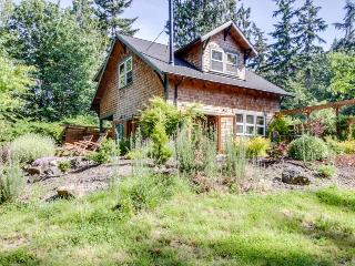 Art-filled retreat surrounded by trees & gardens, almost an acre of land!, Bainbridge Island