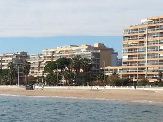Cannes Midi - sea view