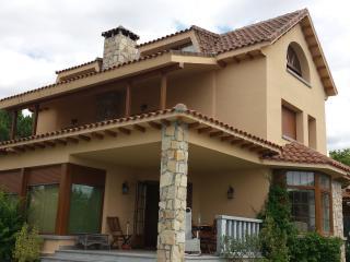 Casa independiente de estilo rural