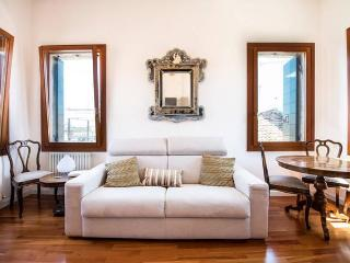 STYLISH VENETIAN APARTMENT, Venecia