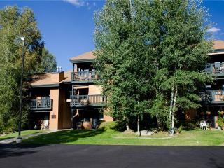 The Pines Condominiums - P103A