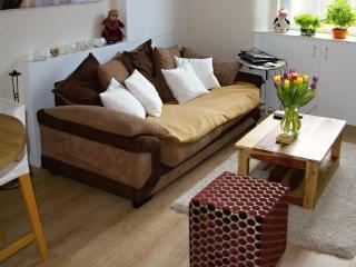 Cosy flat in a quiet location near city center!, Edinburgh