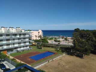 Apartamento Frontal al mar,a un minuto de la playa, Cambrils