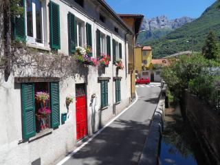 Antica Officina  B&B Lake Como, Mandello del Lario