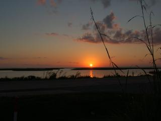 Sunset Nest -  Panoramic Views of Wetlands and Bay, Galveston