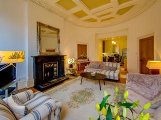 29400 Apartment in Leith, Edimburgo