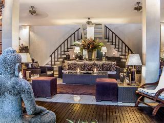 Villa Mata Hari - Seminyak Luxury 3 Bed Villa