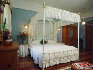 Montville Provencal- The Lace Suite